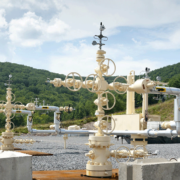 shale-gas-well